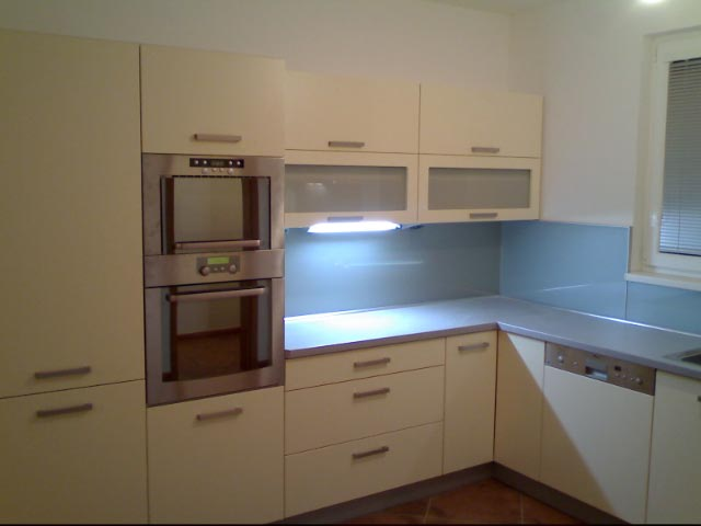 moderni kuchyne kuchynske linka Suhajek (436)