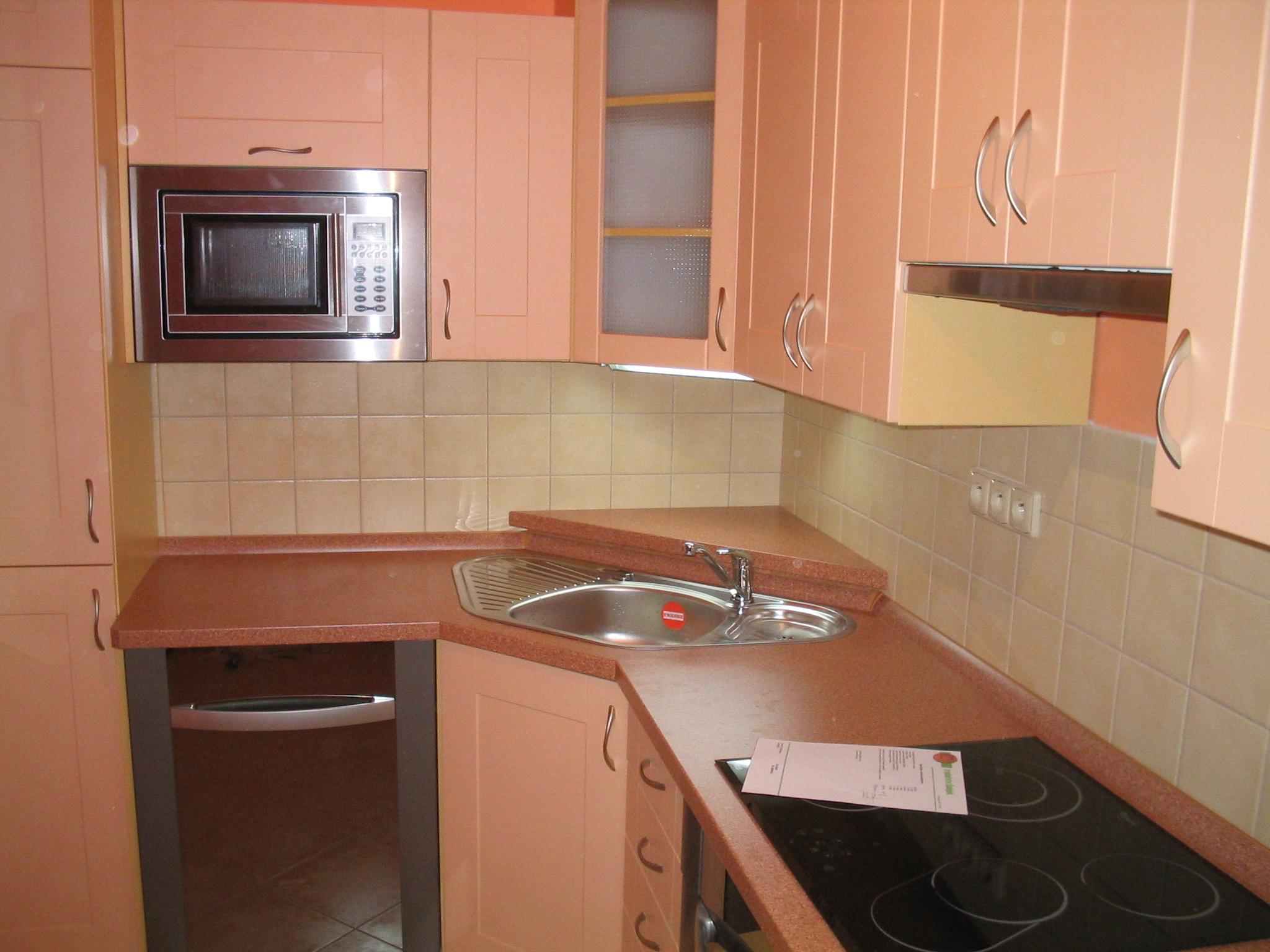 moderni kuchyne kuchynske linka Suhajek (437)