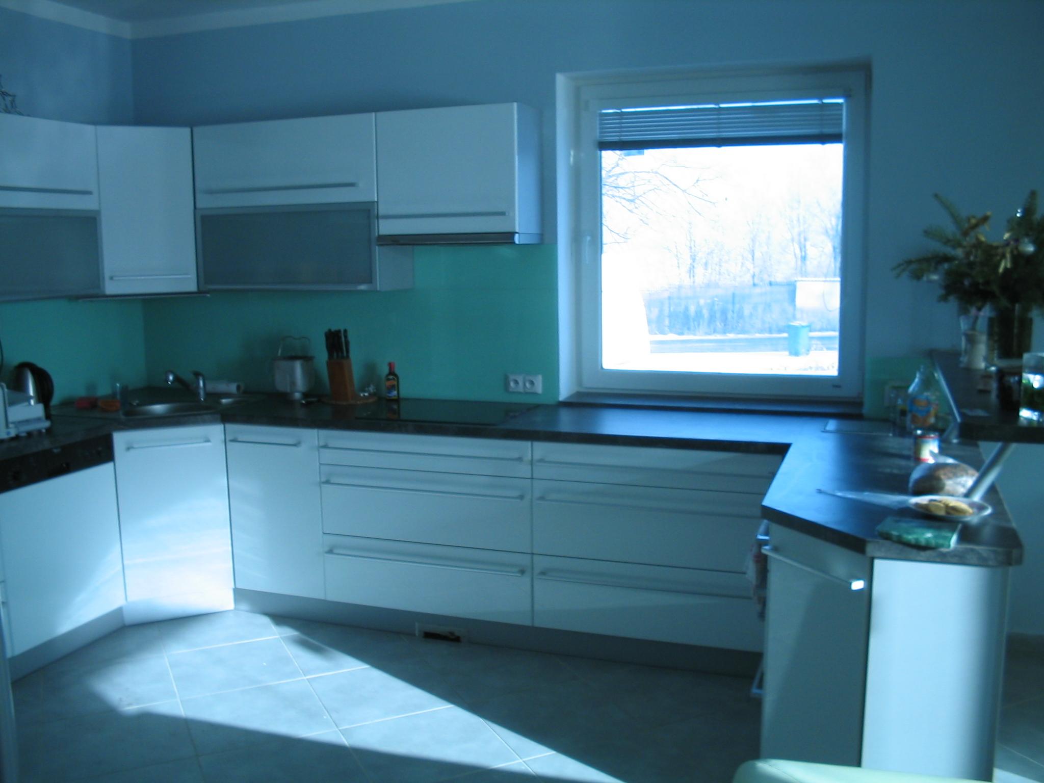 moderni kuchyne kuchynske linka Suhajek (440)