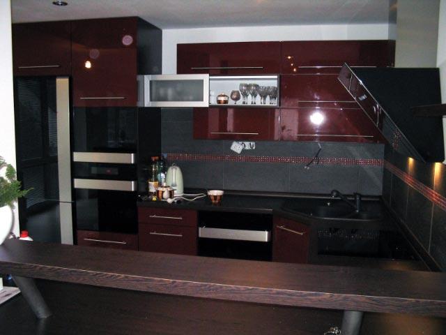 moderni kuchyne kuchynske linka Suhajek (443)