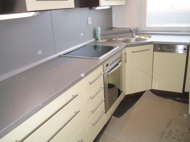 moderni kuchyne kuchynske linka Suhajek (452)