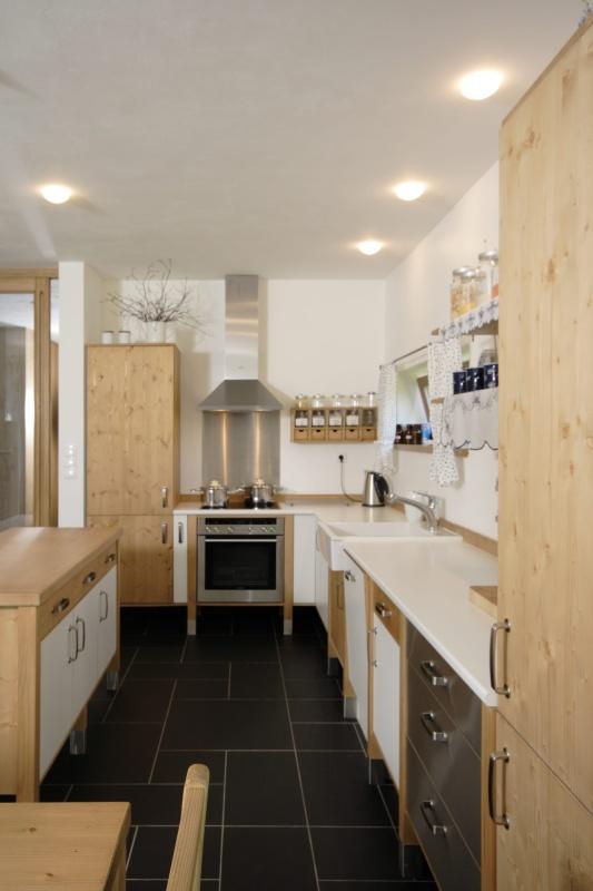 moderni kuchyne kuchynske linka Suhajek (455)