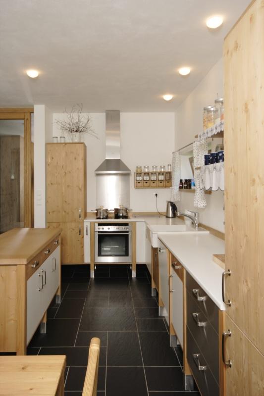 moderni kuchyne kuchynske linka Suhajek (456)