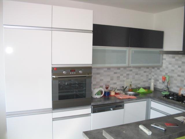 moderni kuchyne kuchynske linka Suhajek (463)