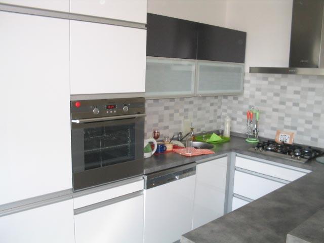 moderni kuchyne kuchynske linka Suhajek (465)