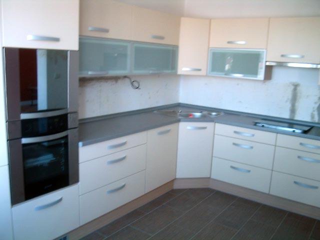 moderni kuchyne kuchynske linka Suhajek (477)