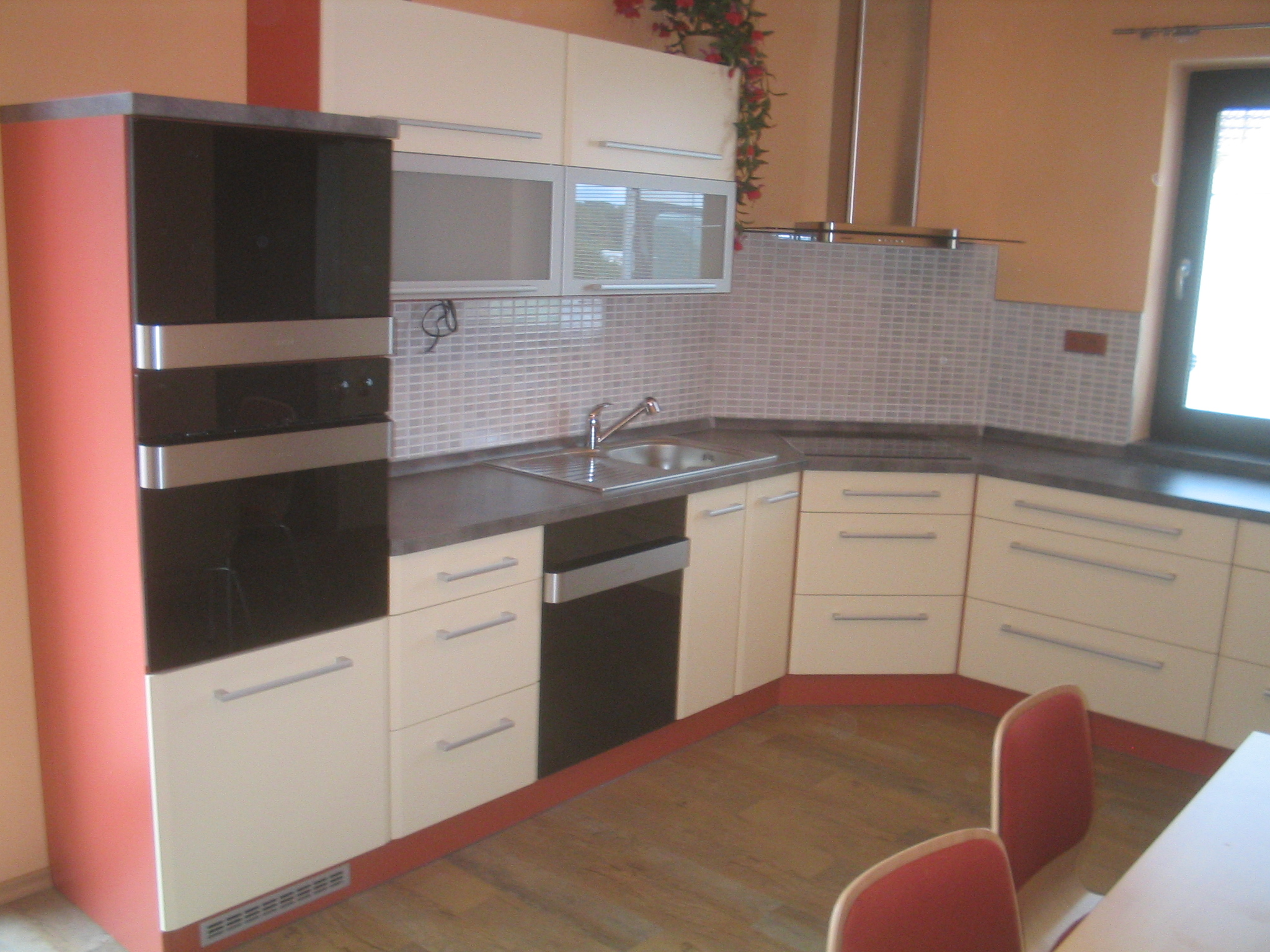 moderni kuchyne kuchynske linka Suhajek (479)