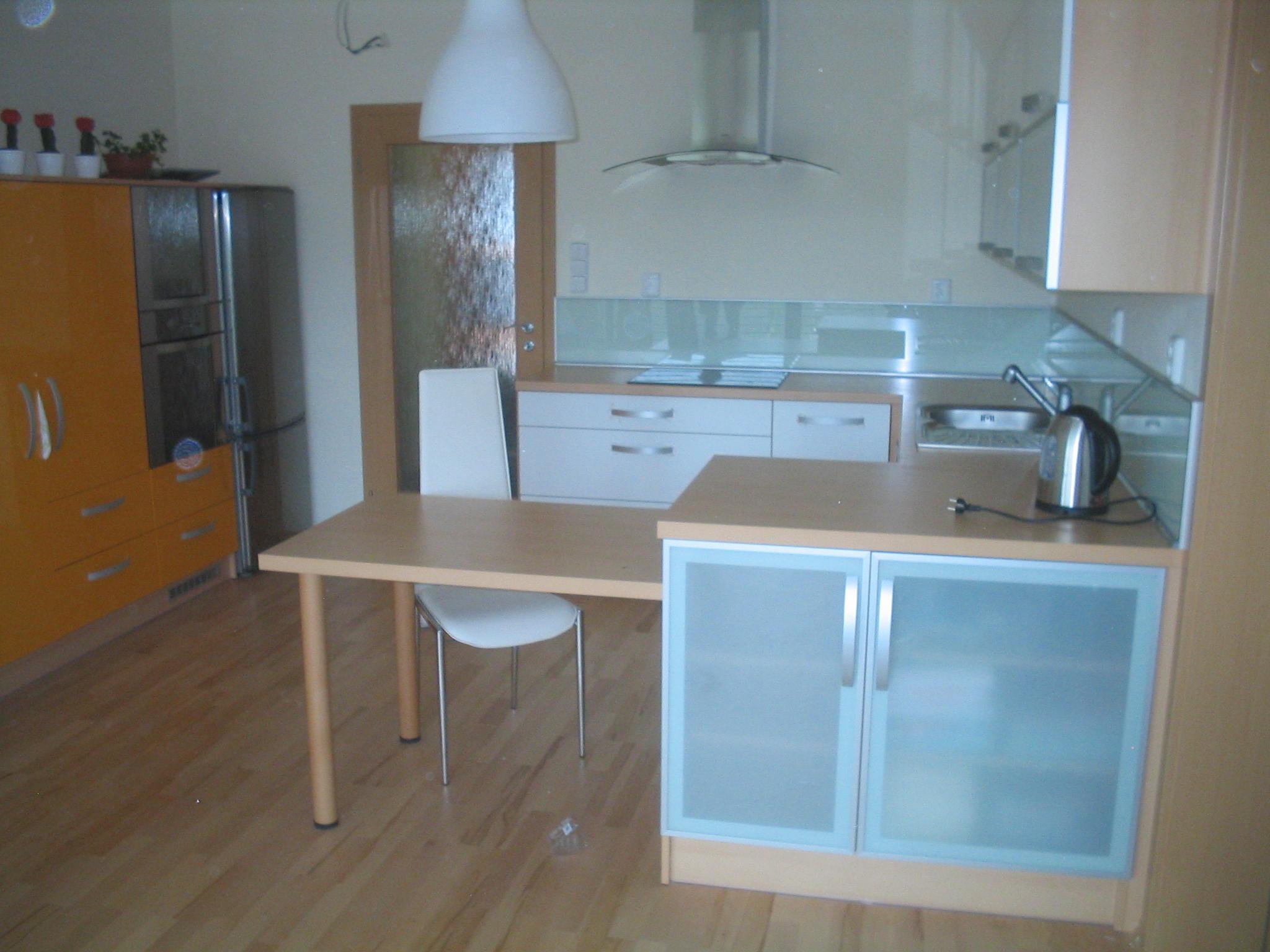 moderni kuchyne kuchynske linka Suhajek (485)