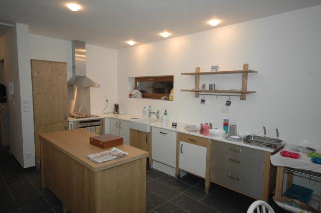 moderni kuchyne kuchynske linka Suhajek (491)