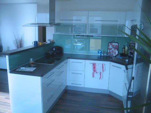 moderni kuchyne kuchynske linka Suhajek (493)