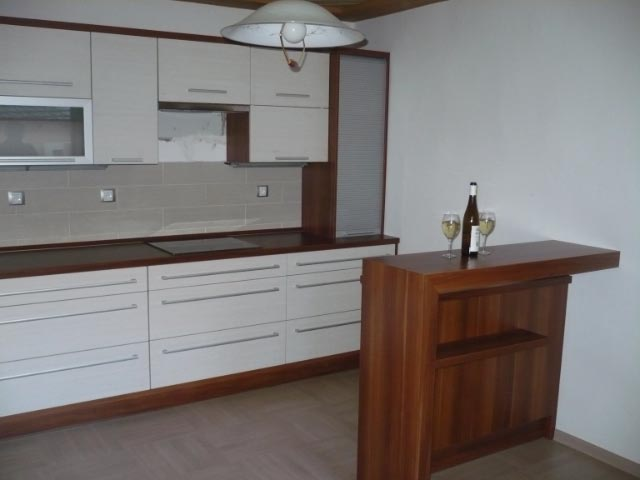 moderni kuchyne kuchynske linka Suhajek (504)