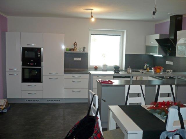 moderni kuchyne kuchynske linka Suhajek (509)