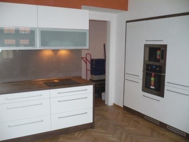 moderni kuchyne kuchynske linka Suhajek (513)