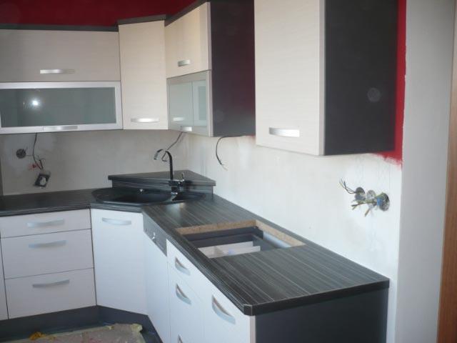 moderni kuchyne kuchynske linka Suhajek (515)