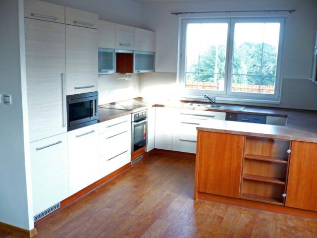 moderni kuchyne kuchynske linka Suhajek (519)