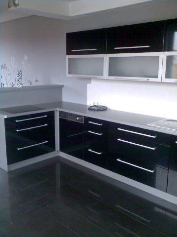 moderni kuchyne kuchynske linka Suhajek (52)
