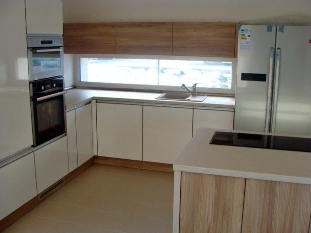 moderni kuchyne kuchynske linka Suhajek (533)