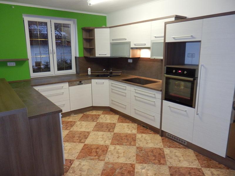 moderni kuchyne kuchynske linka Suhajek (550)