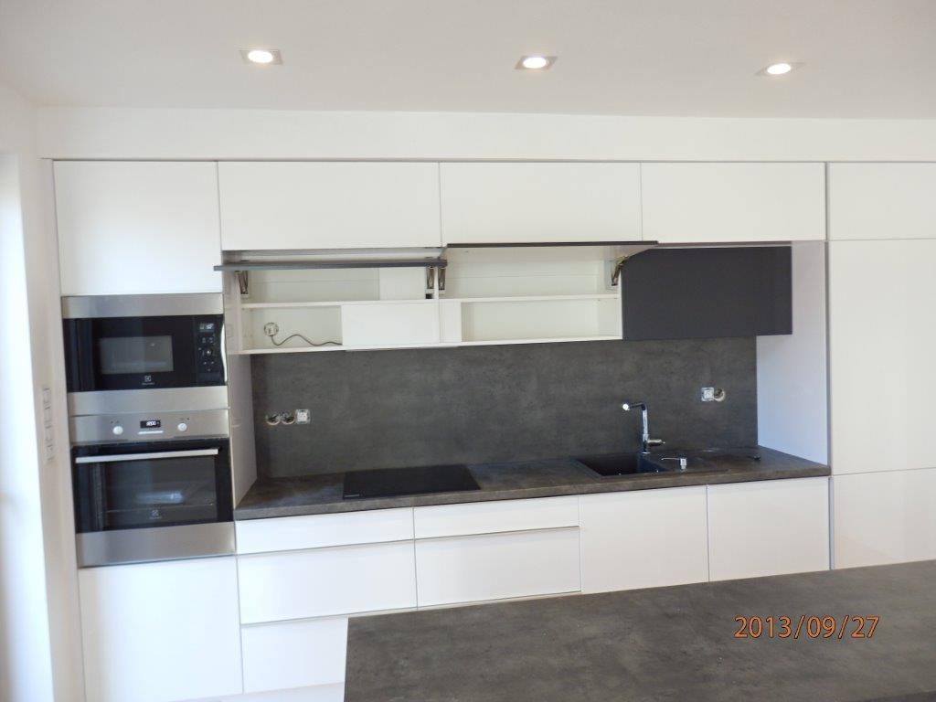 moderni kuchyne kuchynske linka Suhajek (553)