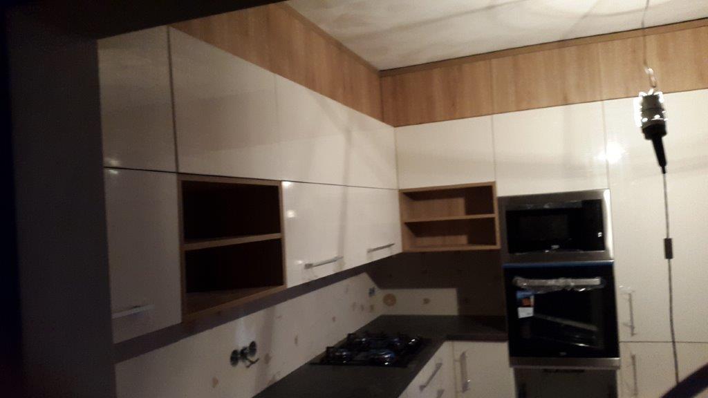 moderni kuchyne kuchynske linka Suhajek (570)