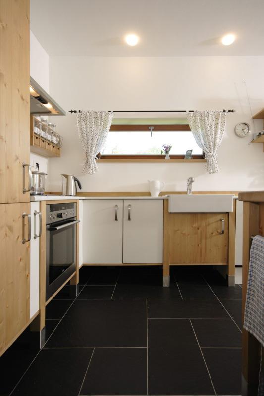 moderni kuchyne kuchynske linka Suhajek (70)