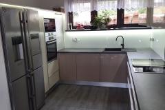 moderni kuchyne kuchynske linka Suhajek (374)